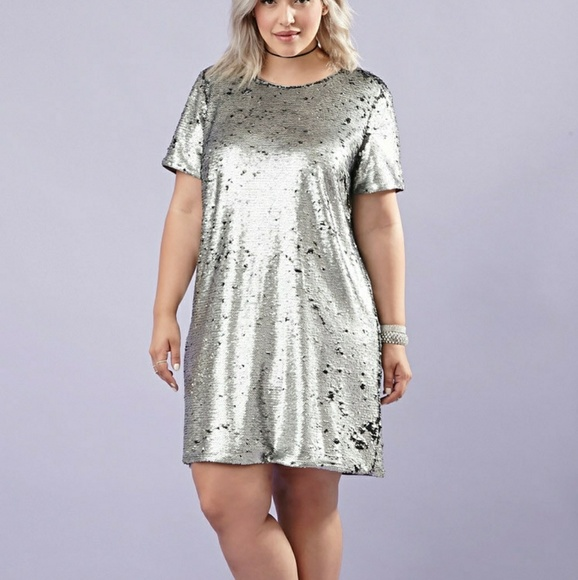 Plus size silver sequin dress 1x NWT